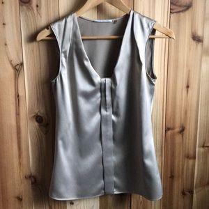 T Tahari blouse